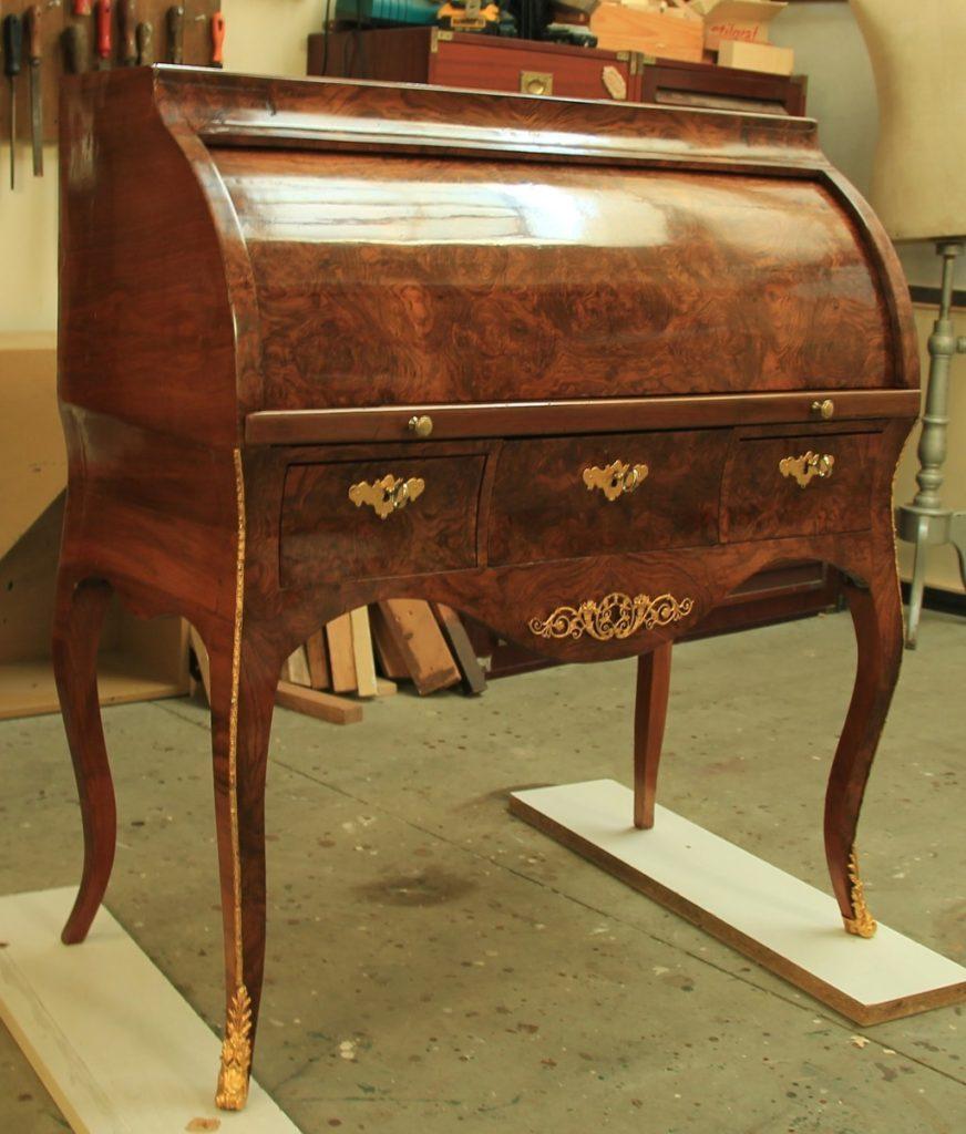 Restauro mobili antichi e modernariato restauro e scultura for Mobili antichi