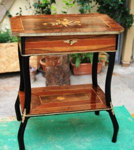 Restauro mobili antichi e modernariato restauro e scultura - Restauro mobili impiallacciati ...