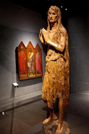 Statua in legno: Maddalena di Donatello